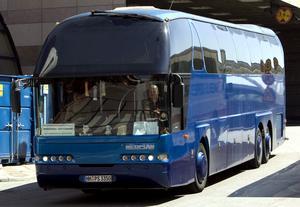 Bussreseföretagen drabbas hårt, skriver Anna Grönlund. Foto: Pontus Lundahl/TT