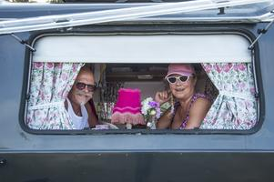 Ragnar och Anita Knutsen besöker Sverige ofta. Det är första gången de står på Nordic campingen och är mycket nöjda och väl medvetna om läget och eldningsförbudet i Sverige.