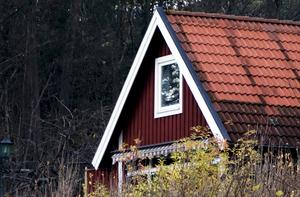 Det är inte så enkelt som kommunerna ofta gör gällande, att det skulle råda brist på byggbar mark. Husdrömmen skulle kunna bli verklighet för många fler i Gävleborgs kommun, skriver insändaren.