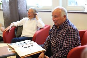 Vår intervju med delar av Opes SM-finallag blev till en stor återträff. Massor av skratt. Stig-Olof Olofsson var precis som vanligt; snabbtänkt och med träffande kommentarer om allt och alla. Opes förre tränare har fortfarande ett fantastiskt minne och kan i detalj återberätta historier från förr,