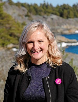 Emma Solander är Miljöpartiets toppkandidat i kommunfullmäktigevalet och språkrör. Foto: Miljöpartiet