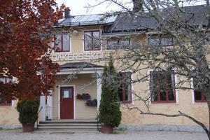 Foto: Rose-Marie Fasth   Medåkers skola hotas av nedläggning när Arboga kommun ska spara pengar.