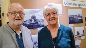 Christina och Reiner Rennergård från Frövi  håller på med släktforskning och brukar besöka Arkivens dag.