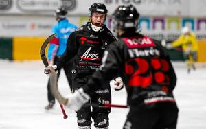 Niklas Engström var tillbaka i spel senast efter sin avstängning.