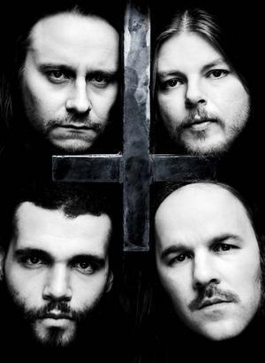"""På senaste albumet """"Serpent saints - the ten amendments"""" har Entombed återvänt till ett råare och enklare sound än på länge."""