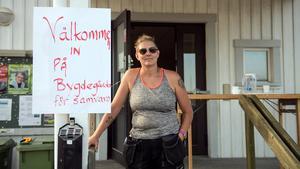 Helena Edén tänker stanna och hjälpa till så länge som det behövs.