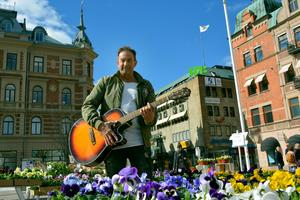 Kenneth Tjernström spelade in låten
