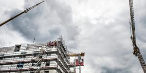 """""""Sverige behöver fler bostäder. Alternativet är att hyresrätten halkar efter övriga boendeformer"""" skriver Peter Sörman  Näringspolitisk chef Fastighetsägarna MittNord, i en replik. Foto: Tomas Oneborg/SvD/TT"""