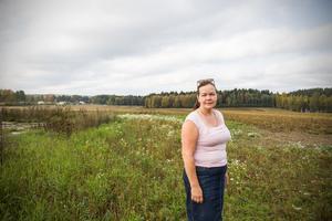 Gunilla Berglund (C) vill att kommunen väljer att inte bygga på åkermark i framtiden.