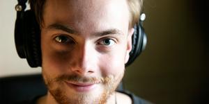 """""""Jag älskar musik, det är det som driver mig"""", säger Adam Reander."""