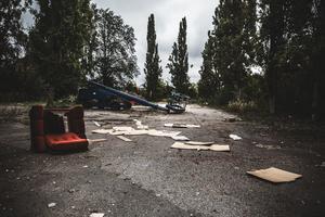 Parkeringen bredvid Mossparken ser kommunalrådet Lars Isacsson gärna blir till något annat i framtiden.