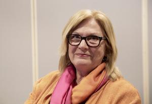 Spendrups presschef Rose-Marie Hertzman berättar att företaget sålt bryggeritomten i Vårby och att det där planeras för cirka 2 000 bostäder.