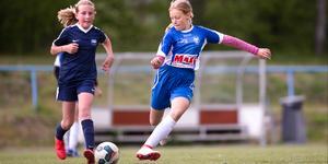 NIF:s lag flickor 07 är ett av lagen som spelar cup på Kvarnängen i helgen. Foto: Fredrik Lundberg