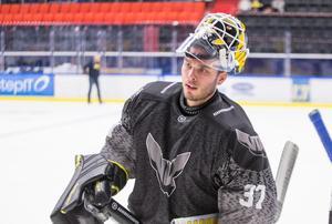 Johan Gustafsson är tillbaka i VIK. På torsdag ställs han mot Södertälje i hemstaden Köping.