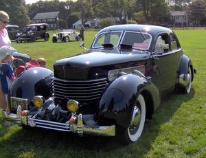En Cord 810. Foto: Stephen Foskett, 2006 Bay State Antique Automobile Club Vintage show, Wikipedia.