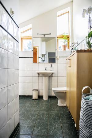 Badrummet på övervåningen.