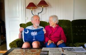Äkta makarna Harald Henrysson och Susan Flasterbor över 700 mil från varandra.