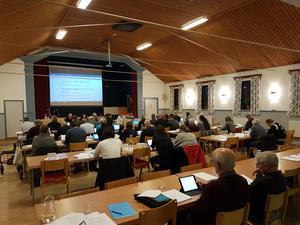 Kommunfullmäktige i Fors folkets hus pågick från 15 till strax efter 20 under måndagen.