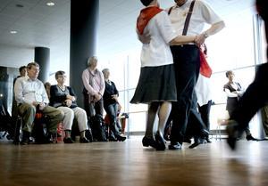 Det gick som en dans. Äldrefestivalen på Conventum blev välbesökt och var populär. Bäddat för ett årligt kommande evenemang?