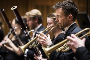 Sinfoniettans blåsmusiker framför gratiskonserter med musik av Francis Poulenc på bblat.se. Foto Jonas Bilberg