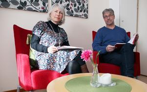 Malin Green och Anders Sahlin är familjebehandlare och leder kurser för föräldrar som fastnat i bråk med expartnern. Målet är att öppna för insikter om barnens behov.