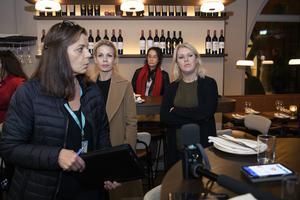 20 oktober var socialminister Lena Hallengren med på en tillsyn av restaurang och hon uppmanade då fler att gå ut och äta på restaurang. Om jobb och företag ska finnas kvar när pandemin är över räcker inte uppmaningar utan det behövs också handling från regeringen, skriver Pernilla Thor. Foto Henrik Montgomery, TT.