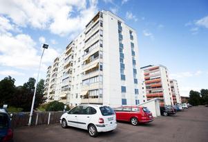 Dagnyhusen i Borlänge är nio våningar och strax under 30 meter höga.