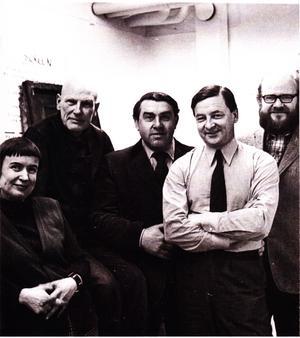 De fem kända Västeråskonstnärerna Nunne von Unge, Erik Idar, Åke V Larsson, Tore Hultcrantz och Håkan Thorsén hade en gemensam utställning 1972.Foto: Västerås Konstnärsförening