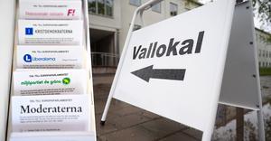 Ännu en gång sjönk valdeltagandet i Södertälje. Foto: TT och Mats Olsson