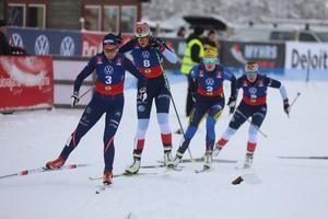 Malungs Sandra Olsson (längst fram i bild) svarade för ett fin sprinttävling, med en tredjeplats i prologen och en femteplats i finalen.