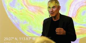 Sverker Sörlin, professor i miljöhistoria, besökte Gävle och pratade om omställningsutmaningen ur ett historiskt perspektiv.