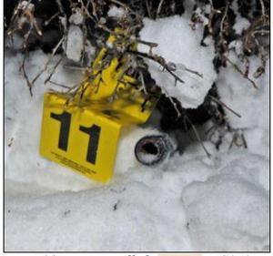 På platsen hittade polisen ett järnrör till en domkraft. Bild: Polisens förundersökning.