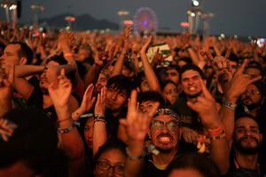 Rock in Rio samlar runt 700 000 hårdrocksfantaster.
