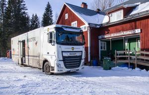 Var tredje vecka kommer de till bygdegården i Lörstrand. I Hälsingland finns förutom i Ljusdal även en bokbuss i Hudiksvall.