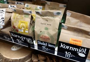 Vi vill ha mer, inte mindre ekologisk mat till barnen, skriver företrädare för oppositionen i Östersunds tekniska nämnd. Foto: Claudio Bresciani