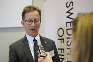Riksgäldsdirektören Hans Lindblad räknar med en rejäl höjning av statens upplåning i år. Arkivbild.