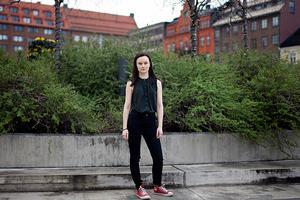 Emma-Lina Haglund har en fast anställning hos HSB på kundtjänst i Östersund.