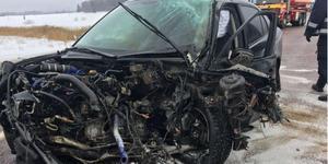 Salabon döms för att ha orsakat dödsolyckan på riksväg 72 där en Morgongåvabo i 80-årsåldern omkom.  Bilen på bild kördes av Salabon som klarade sig oskadd. Foto:Polisen