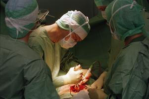 Vem skulle vilja komma till kirurgmottagningen där man säger att