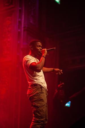 Simon Nzinga uppträder på Backlurafestivalen den 17 augusti. Foto: Privat