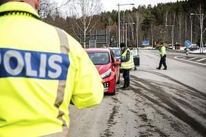 Över tusen trafikkontroller gjordes av polisen i Dalarna.