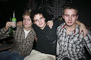 Pluto. Erik, Johan och Joel