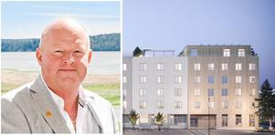 Credentias VD Ronny Jansson och en del av det planerade kvarteret Alen i Norrtälje hamn. Foto: Credentia