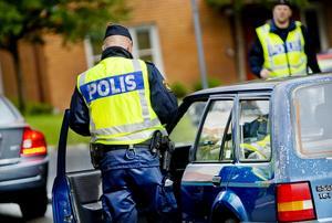 Flera anställda har dömts för olika trafikbrott, som olovlig körning och rattfylleri.