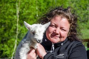Som museibonde på Norra berget får Camilla Johansson skapa band med många djur.
