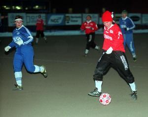 SDFF mot Matfors 1999. Här är det Marit Björstedt i SDFF med bollen. Foto: Sören Walldin/ST arkiv