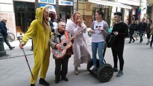I Budapest spelade och sjöng Tommie och Mathias på gator och torg. Foto: Privat