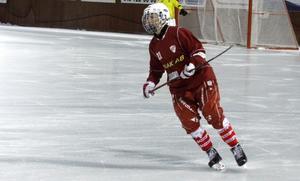 Sandra Timan, spelande tränare i damlaget, gjorde tre mål mot Grycksbo och ett mot Rättvik.
