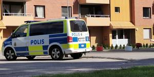 Polisen larmades till platsen för den misstänkta explosionen i Tallnäs.