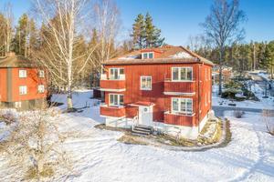 På sjunde plats på Dalarnas Klicktoppen för vecka 9 kom denna åttarumsvilla i Haraldsbo i Falun. Foto: Eric Bowes